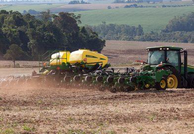Baixa umidade pode levar ao replantio de soja
