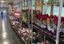 Produtores de flores homenageiam funcionários do Hospital de Clínicas da Unicamp